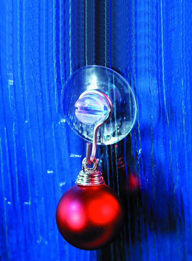 suction cups for Christmas lights