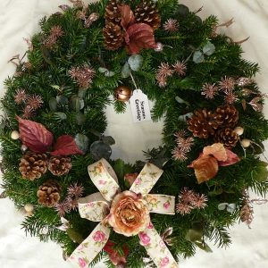 rose-gold-christmas-wreath